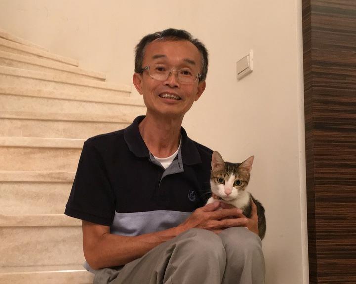 無黨籍台南市長參選人陳永和常在臉書曬愛貓「Ruby」。圖/取自陳永和臉書