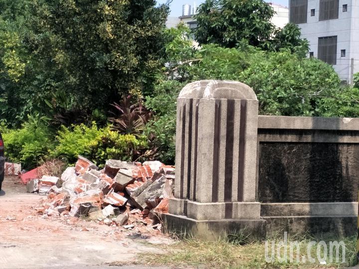 日據時代興建的台南新營太子宮古厝夷為平地,地方愕然。記者謝進盛/攝影