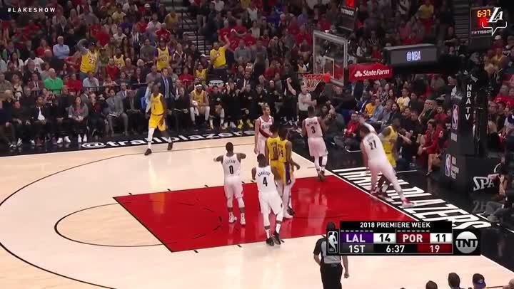 焦點球員- LeBron James湖人首秀 (10月19日)