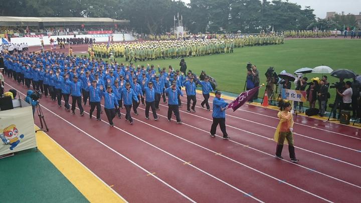 台塑集團運動會共有集團等16隊伍參加。 記者/黃淑惠攝影