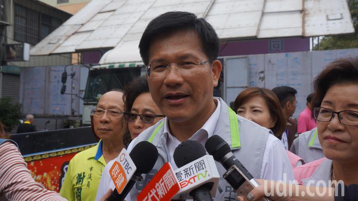 前總統馬英九拋出「新三不」,台中市長林佳龍今早說,下台總統沒資格代表台灣人民。記者洪敬浤/攝影