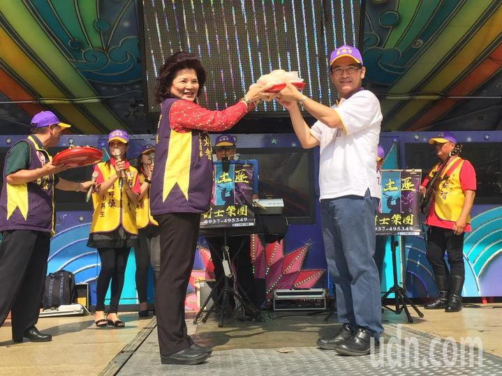無黨籍台南市長候選人蘇煥智在麻豆成立曾文區後援會。記者吳政修/攝影