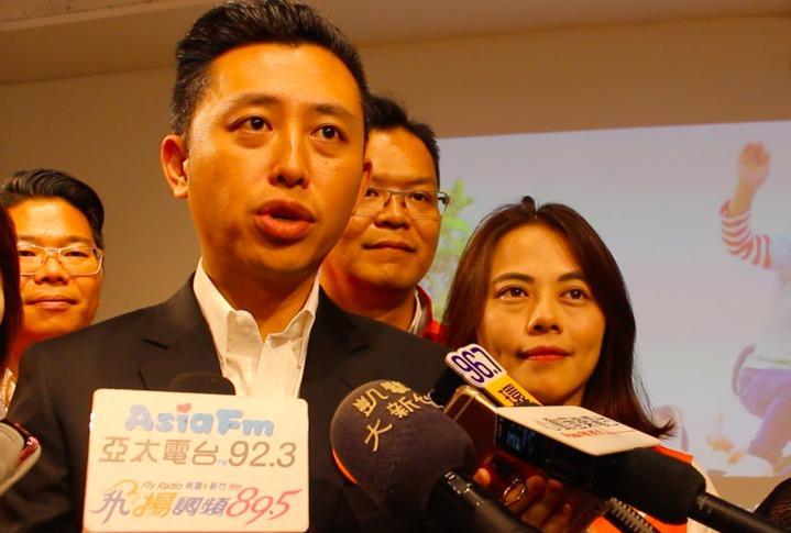 選舉倒數11天,新竹市長林智堅競選辦公室今天公布最新民調。記者張雅婷/攝影