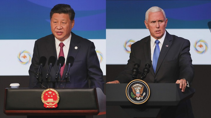 中國國家主席習近平(左)與美國副總統潘斯(右)17日先後在APEC企業領袖峰會發表演講,隔空對槓。潘斯稍早並會晤台灣領袖代表張忠謀。法新社
