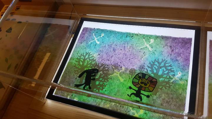 小朋友可以運用剪紙製作專屬自己的動畫故事。記者吳佩旻/攝影