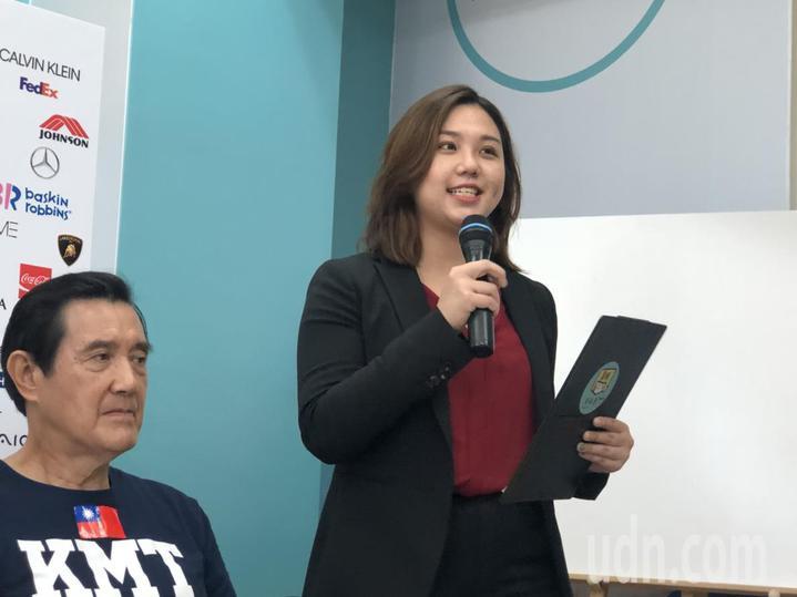 黃敏惠陣營今天發布「未來嘉義市」形象影片,以「100大品牌拚經濟、100種幸福在嘉義」為主題,鼓勵北漂青年返鄉投票。記者王慧瑛/攝影