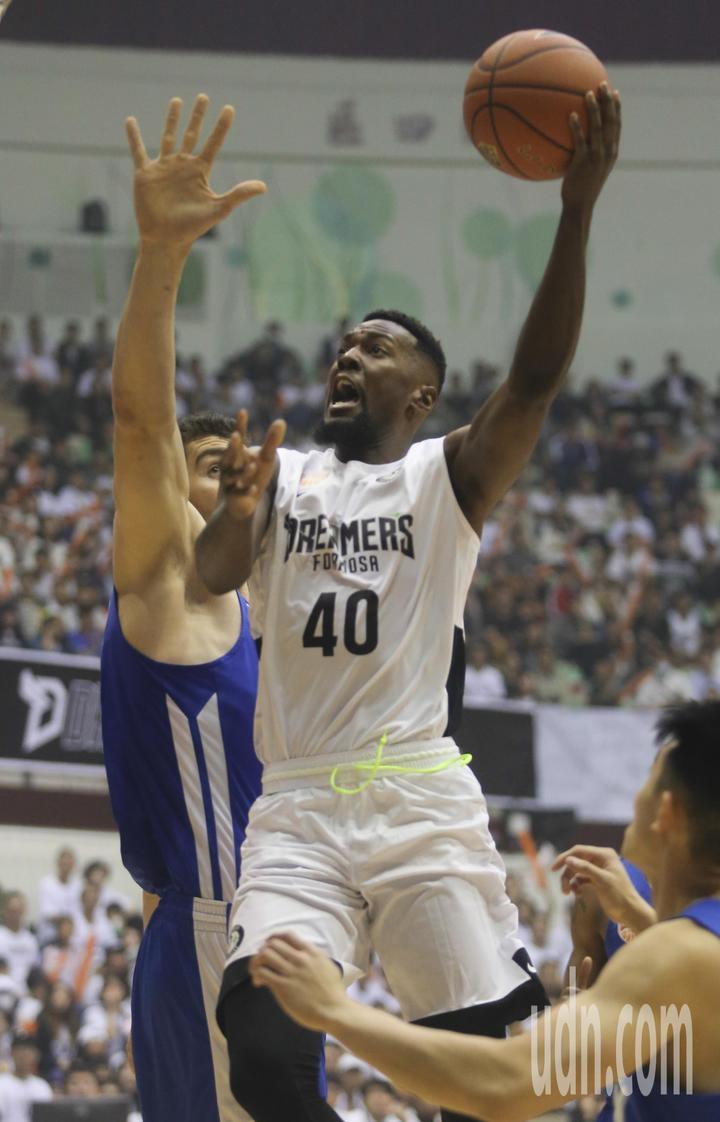 寶島夢想家球員Tevin Glass 單場獨得26分,為本場賽事兩隊最高分。記者黃仲裕/攝影