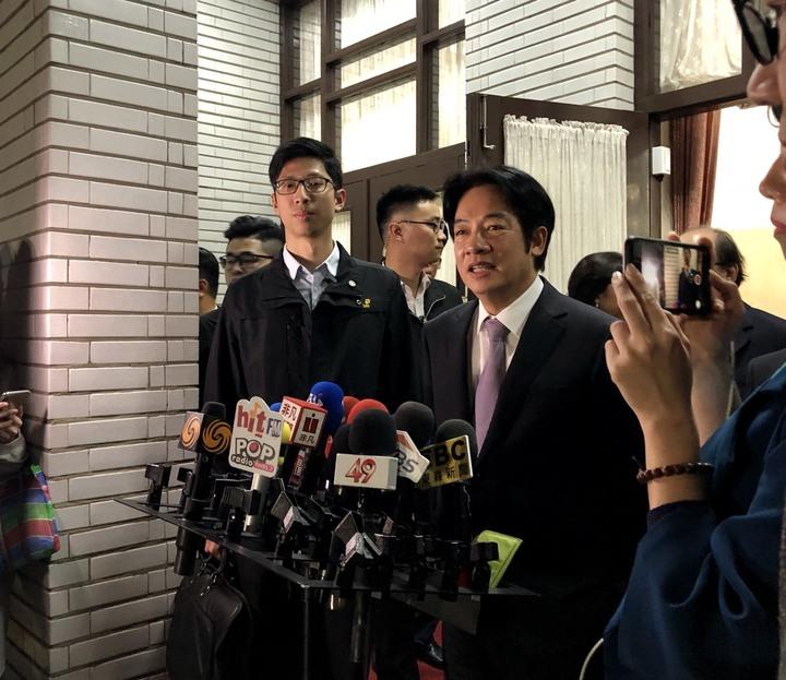 行政院長賴清德宣布明天舉行臨時院會總辭。記者丘采薇/攝影