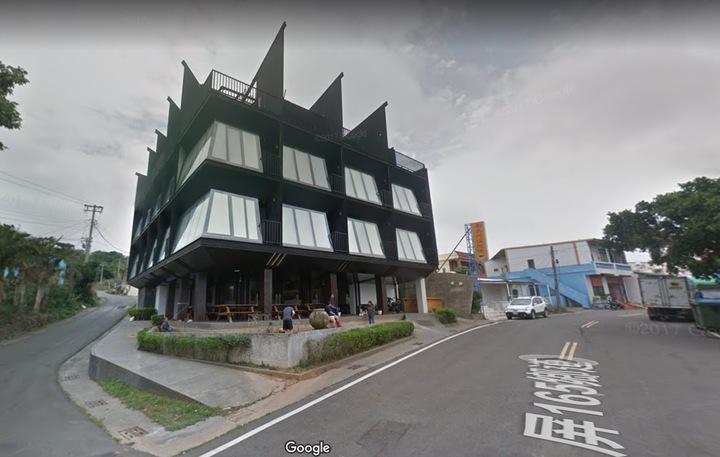 屏東縣沐夏墾丁會館去年3月間歇業後,被檢警掌握成詐欺集團機房的根據地。圖/摘自google map