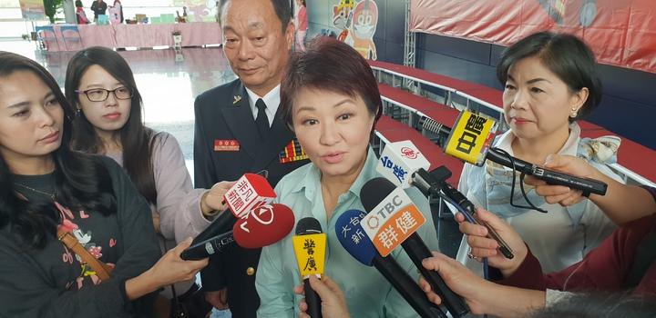 台中市消防局今天辦119慶祝活動,市長盧秀燕表揚消防人員。記者游振昇/攝影