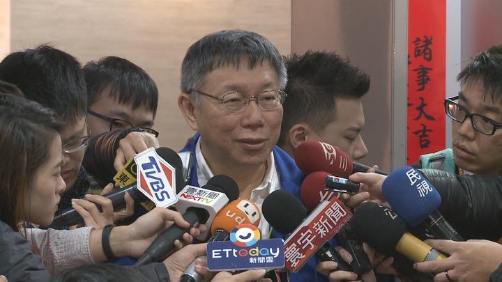 「扶龍王」台北市議員王世堅天天罵,柯文哲聲量反降,柯文哲回說:那你還天天罵我。記者楊凱竣/攝影