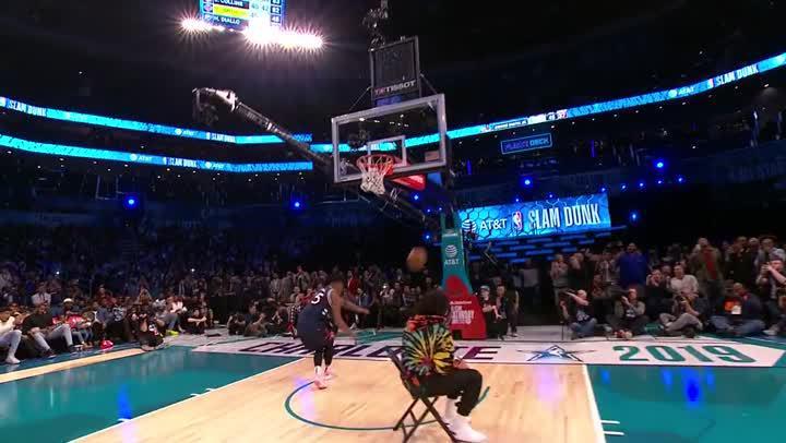 2019灌籃大賽- Dennis Smith Jr. 飛越J. Cole