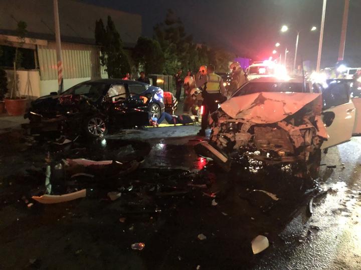 超車造成3車衝撞3傷1死嚴重事故。圖/翻攝畫面