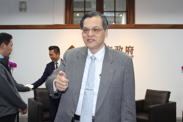 陳明通也呼籲高雄市長韓國瑜「把腦袋打開」,熟悉一下兩岸關係條例與大陸政策再發言。記者張雅婷/攝影