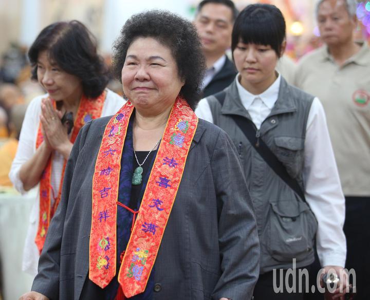 總統府秘書長陳菊上午出席光德寺消災法會。記者劉學聖/攝影