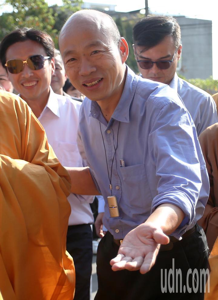 高雄市長韓國瑜今天到阿蓮區光德寺參加祈福法會。記者劉學聖/攝影