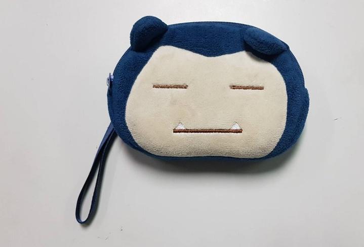 警方在朱女的造型零錢包內發現毒品。記者林伯驊/翻攝