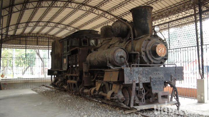 阿里山林鐵文資處將修復21號蒸汽火車頭,進行動態保存,而且是回復到燒煤炭蒸汽火車。 記者謝恩得/攝影