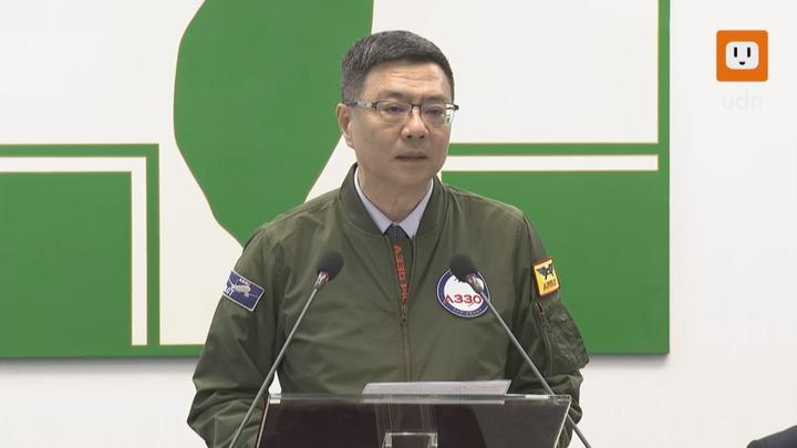 民進黨主席卓榮泰在中常會前發表談話。記者任忠泰/攝影