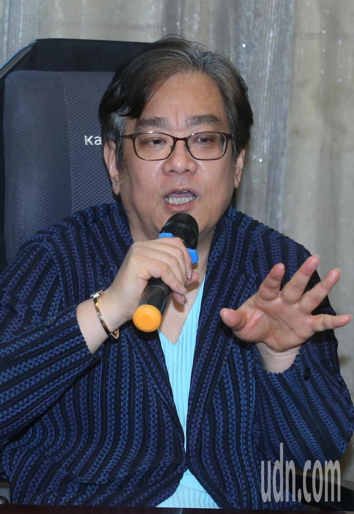 萬安生命科技集團總裁吳珅篁表示由於持股逾四成,將依新版公司法,召開股東臨時會。記者曾學仁/攝影