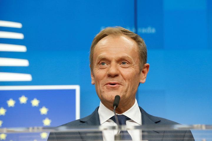 歐洲理事會主席圖斯克在21號的記者會上幽默應答,惹的全場哄堂大笑。路透