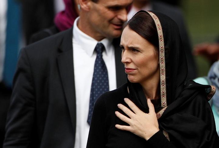 紐西蘭總理阿爾登22日前往基督城努爾清真寺外的海格利公園(Hagley Park),準備出席清真寺槍擊案爆發後剛好一周的伊斯蘭主麻日祈禱。路透