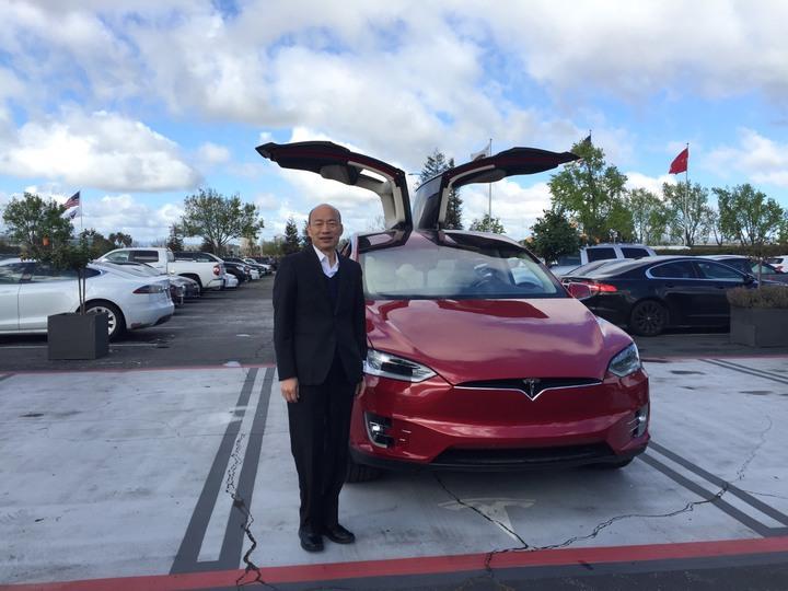 高雄市長韓國瑜美西時間16日上午造訪加州矽谷多家高科技廠商,包括美國電動車大廠特斯拉(Tesla)等。圖/高雄市政府提供