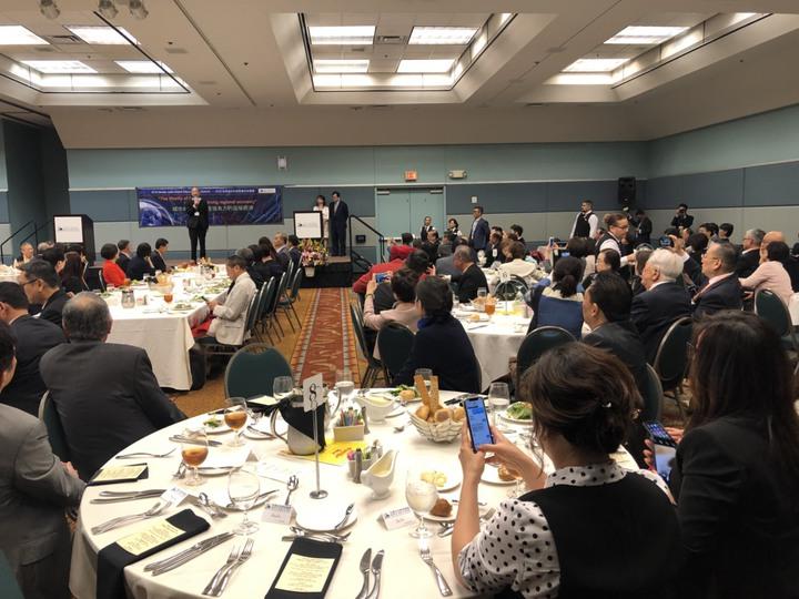韓國瑜參加全球玉山科技協會矽谷論壇表示,高雄的未來一定要開通,開放是唯一活路。記者王慧瑛/攝影
