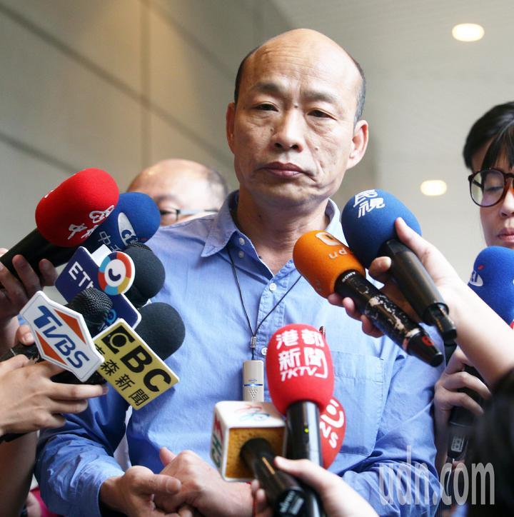 高雄市長韓國瑜參加全中運開幕,簡單致詞後隨即快閃離開。記者劉學聖/攝影