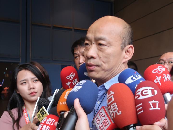 高雄市長韓國瑜出席全中運開幕,簡短致詞快閃離場,大會解釋,一直都是規畫副市長出席全中運開幕,韓市長臨時決定短暫出席,事前都經過溝通,典禮都按照順序進行。記者徐如宜/攝影