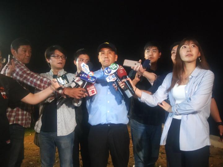 警方表示,從身形、衣著懷疑死者是涉嫌殺害兒女的吳姓男子,身上沒有外傷,初判是溺水死亡。記者游明煌/攝影