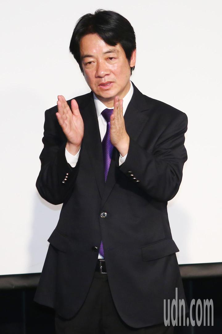 行政院前院長賴清德(圖)晚間在台大演講,被問到與蔡英文總統的不同,他說最大的不同就是「我是可以打敗國民黨的候選人」。記者王騰毅/攝影