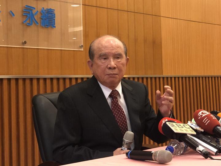 義聯董事長林義守請政府恢復大湖工商綜合區。記者林政鋒攝影