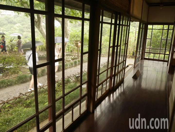 1922年為招待當時日本的皇太子視察金瓜石礦業,而興建太子賓館,但太子並沒來,成了等嘸太子的太子賓館,不過建築之講究,還是很有看頭。記者吳淑君/攝影