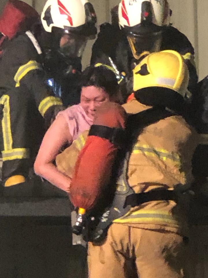 大賣場火警受困的六人,幸運全都被救出。圖/北港前鎮長張勝智提供