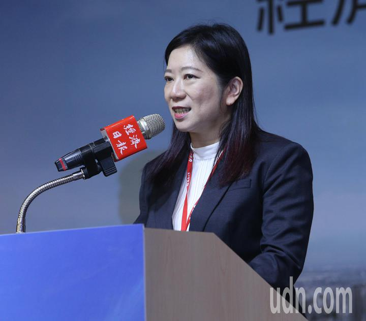 經濟日報總編輯費家琪親自出席「繁榮大高雄論壇」。記者劉學聖/攝影