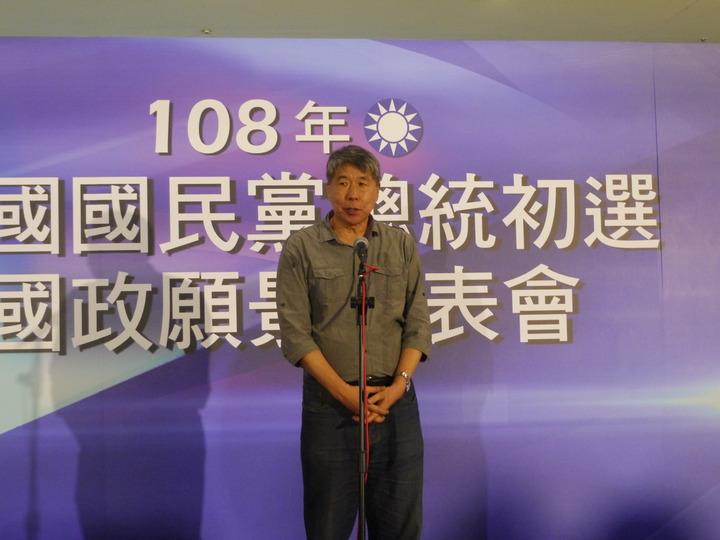 孫文學校校長張亞中期盼透過發表會讓國民黨重新找回理念與靈魂。記者徐白櫻/攝影