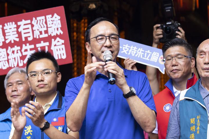 國民黨總統初選參選人朱立倫說,希望明天過後,大家都能夠團結一致,否則國民黨一分裂2020就真的可以打包。記者王敏旭/攝影