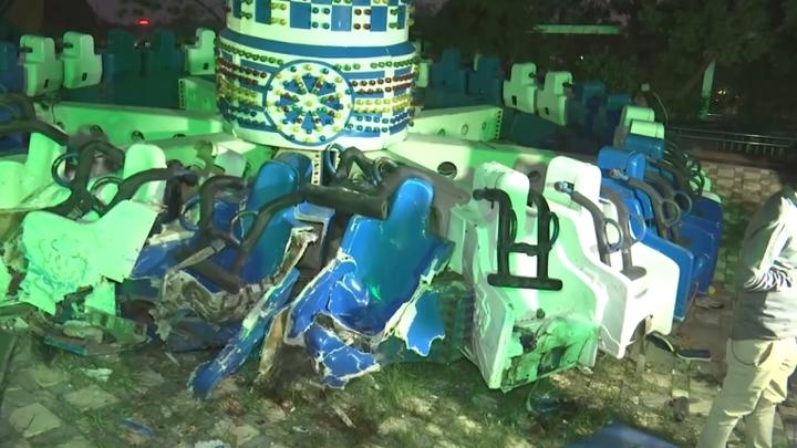 印度西部古吉拉特邦大城阿默達巴德(Ahmedabad)的一間遊樂園,14日發生嚴重意外,遊樂設施空中斷裂造成2死28傷。當地警方表示,目前還在調查意外原因,不排除是銲接破裂,或是螺絲鬆動導致,但也會調查是否有人為疏失。路透社