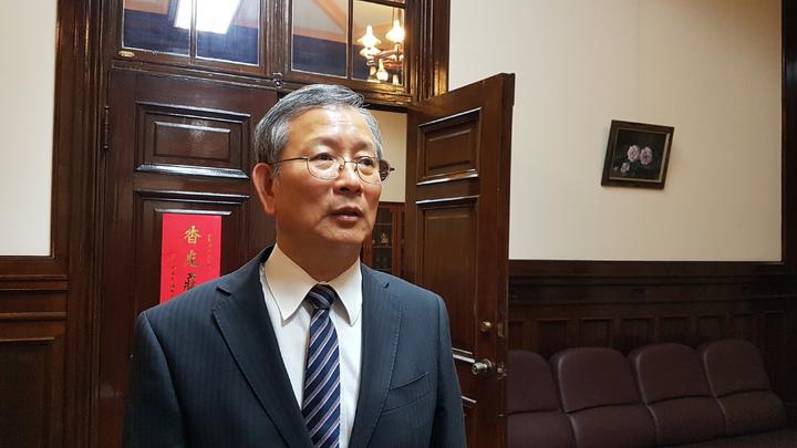 司法院秘書長呂太郎表示,監察委員可依法行使職權,但憲法第80條規定「法官須超出黨派以外,依據法律獨立審判,不受任何干涉」,法官審判核心不容侵犯。記者王宏舜/攝影