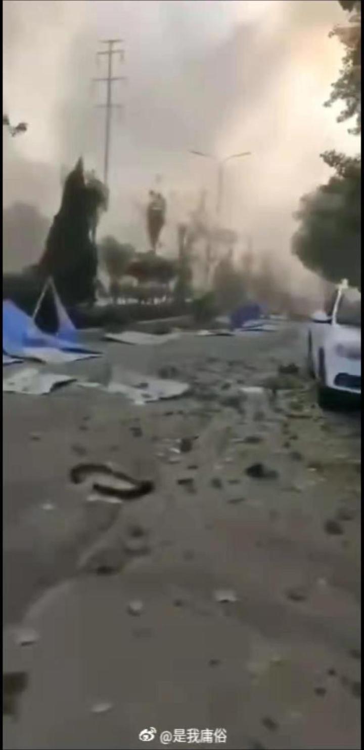 河南省三門峽市一家馬氣化廠19日17時45分左右發生爆炸著火事故。(取自《新京報》)