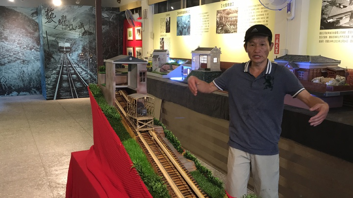 張傳益等人募款籌設金瓜石文化館,把共同記憶「蓋」回來;還有吳麗君提出的水金九在地文化走讀計畫勝出,各獲得9萬元的預算執行,記者吳淑君/攝影