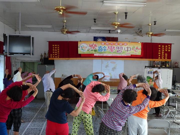 無米樂醫療資源荒, 後壁衛生所醫師開缺月餘,衛生所人員持續在基層宣導衛教。圖/台南市政府衛生局提供