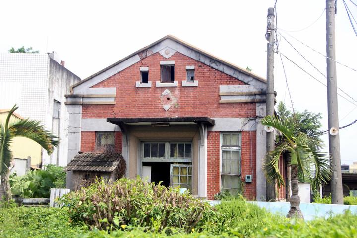 彰化縣埔心舊館村保甲事務所被緊急列為「暫定古蹟」。記者林敬家/攝影