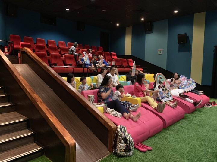 首家結合VIP全沙發椅與親子BOOMBOOM廳多元化的「in89豪華影城」,讓不同年齡層來的顧客都能選擇最適合自己的影廳享受。記者謝梅芬/翻攝