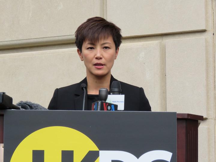 歌手何韻詩(圖)訪美國華府,與香港眾志秘書長黃之鋒等人一同出席國會聽證會等活動,盼美國政府更支持香港。華盛頓記者張加/攝影