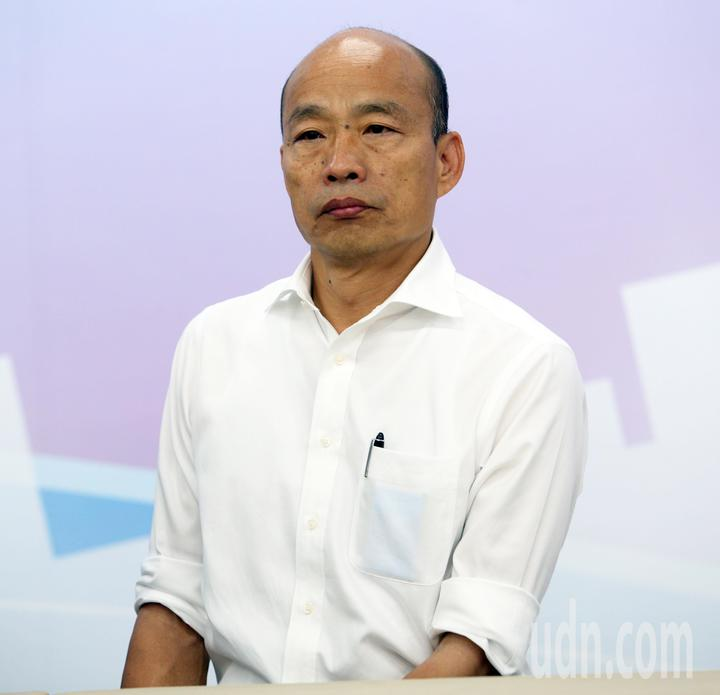 國民黨總統參選人韓國瑜推全民長照保險,每個月多繳「一個便當加一個滷蛋」的錢,由當事人、政府、業者三方共同支撐長照保險。記者劉學聖/攝影