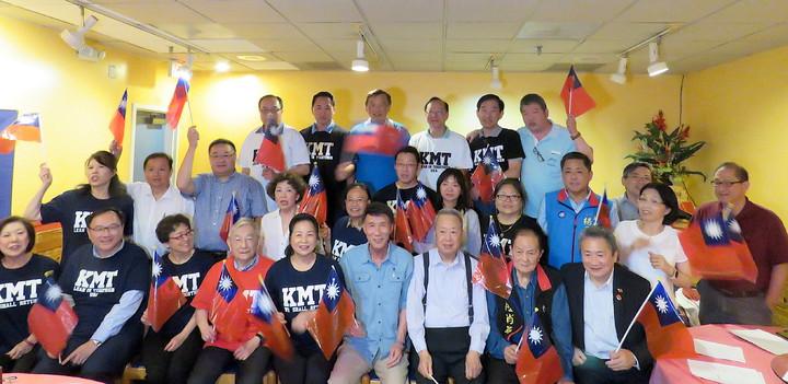 美國華府泛藍僑學社團組成「大華府僑學界韓國瑜後援會」。華盛頓記者張加/攝影