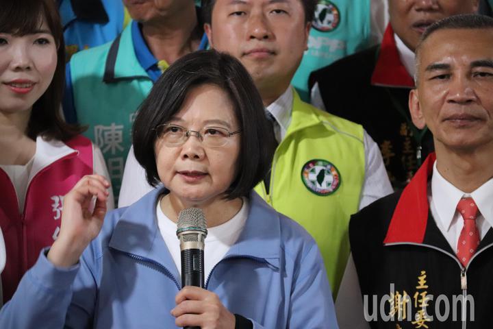 總統蔡英文表示,面對中國大陸的野心和打壓,作為總統要代表台灣人說清楚,並堅持不接受一國兩制。記者胡瑞玲/攝影