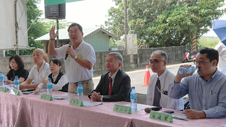陳明文今天邀請經濟部長沈榮津,到嘉義縣召開公館農場開發說明會。記者卜敏正/攝影